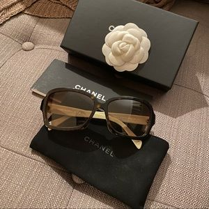 Authentic Chanel Sunglasses 5143 Tortoise